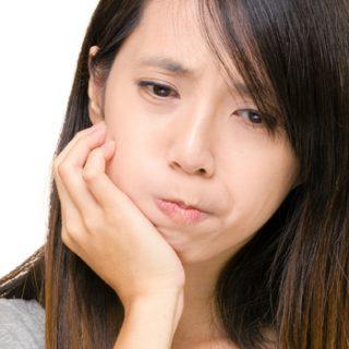 マウスピースでも治らない顎関節症!実は顎に原因がない!理由はここで明かされる!